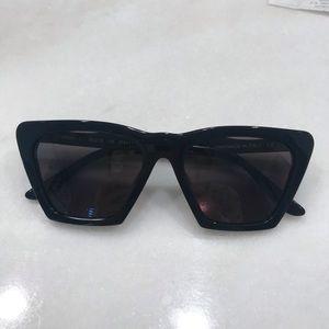BRAND NEW illesteva libson sunglasses